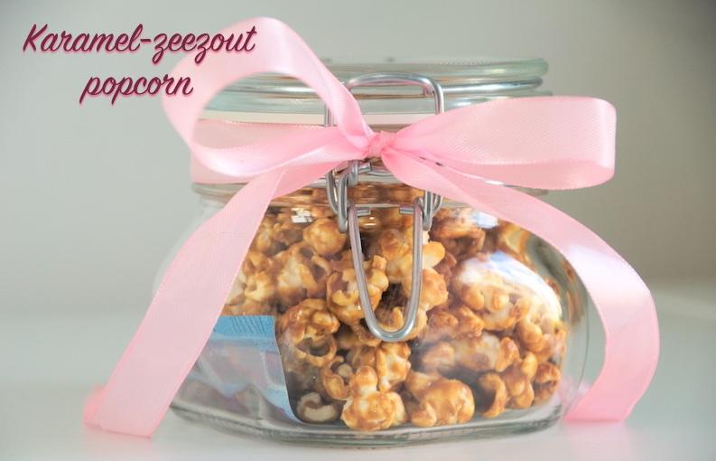 Karamel-zeezout popcorn in weckpot met strik