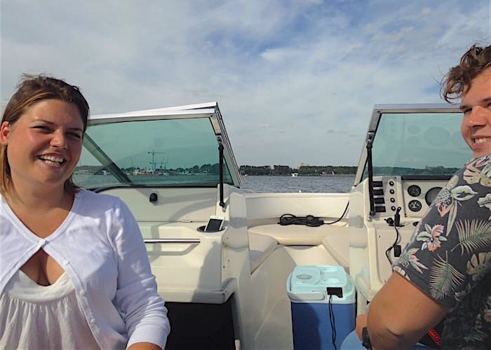 Jan en Ayla op de boot