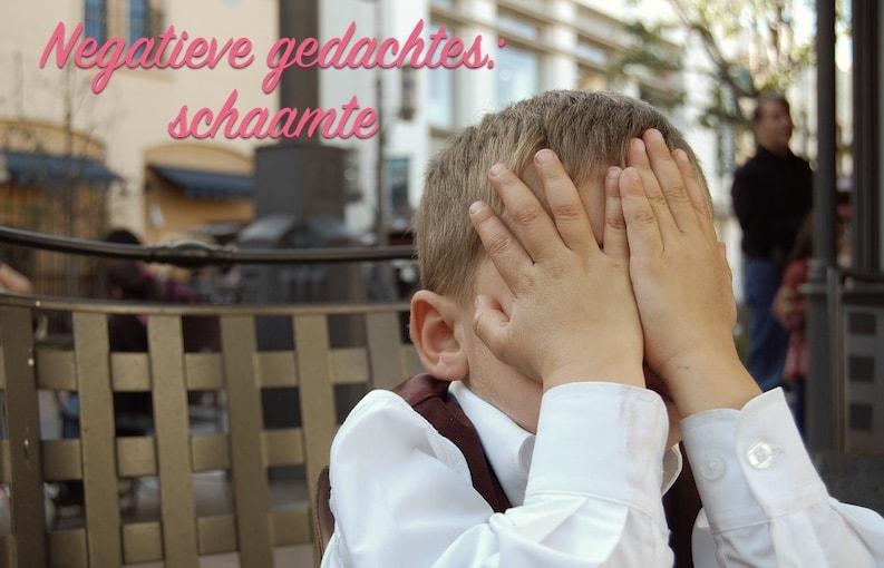 Negatieve gedachtes: schaamte