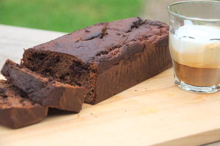 Bananenbrood met koffie en chocola